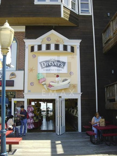 Dreyers Store Front