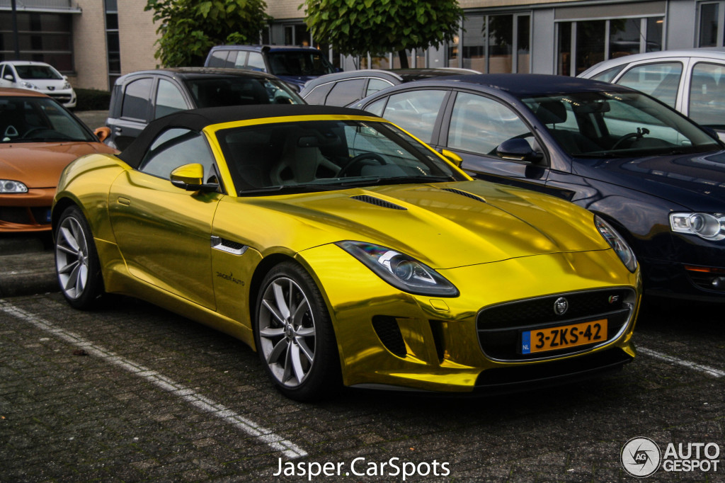 jaguar-f-type-s-convertible-c822116012016184408_3