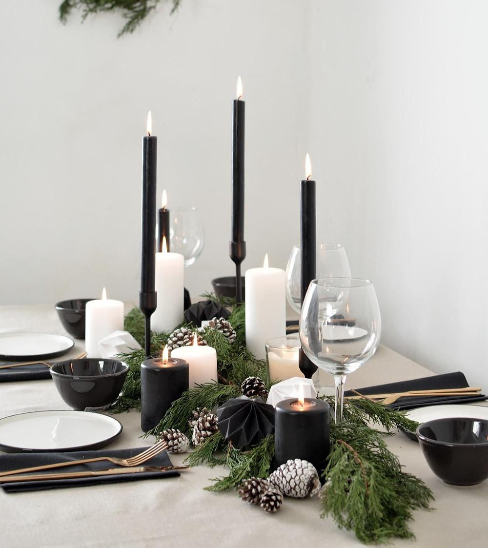 A Contemporary Christmas Table
