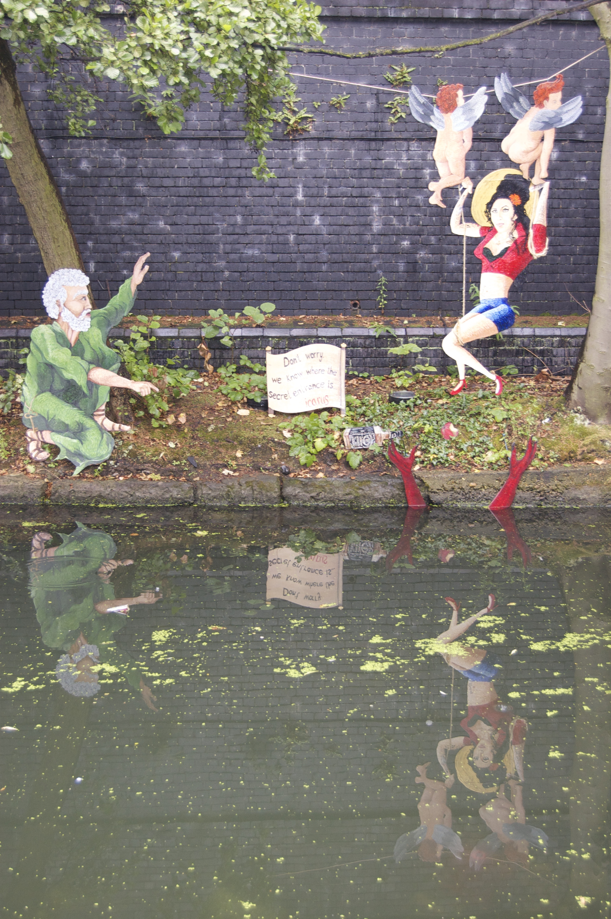 Camden - Regents Canal.jpg