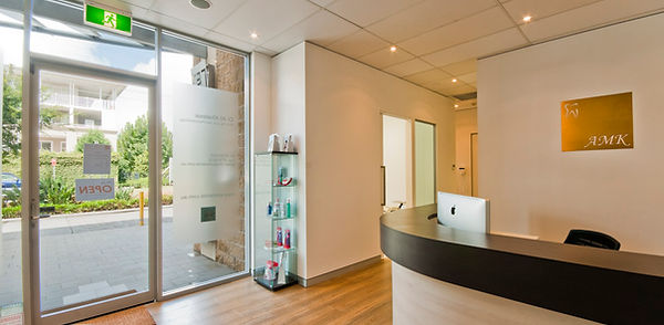 AMK Dental Clinic - Sydney-Dentist