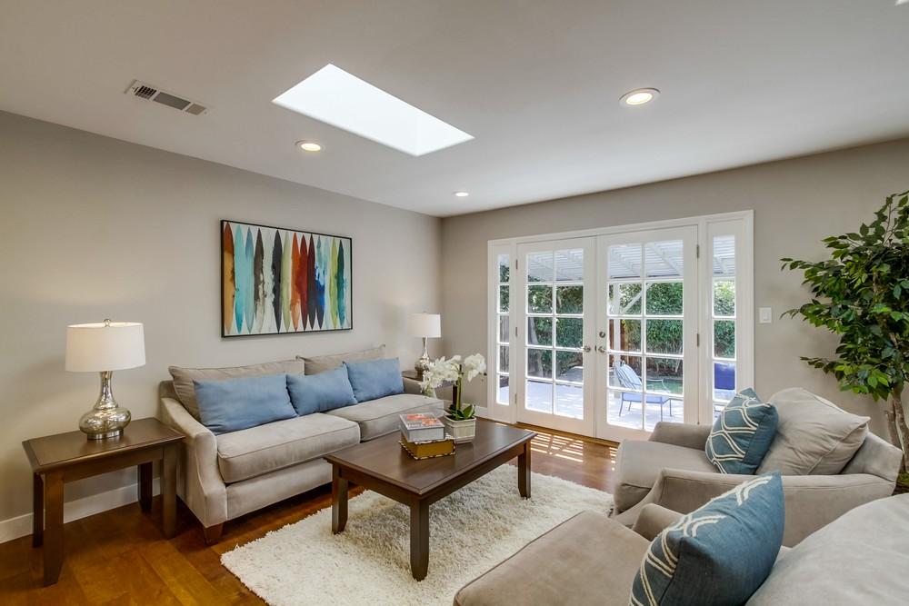 Living room 1101