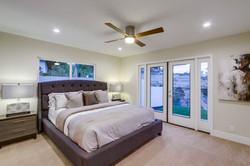 Bedroom 1501