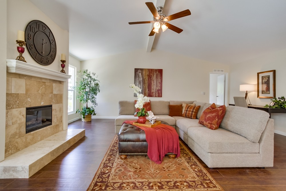 Living room 501