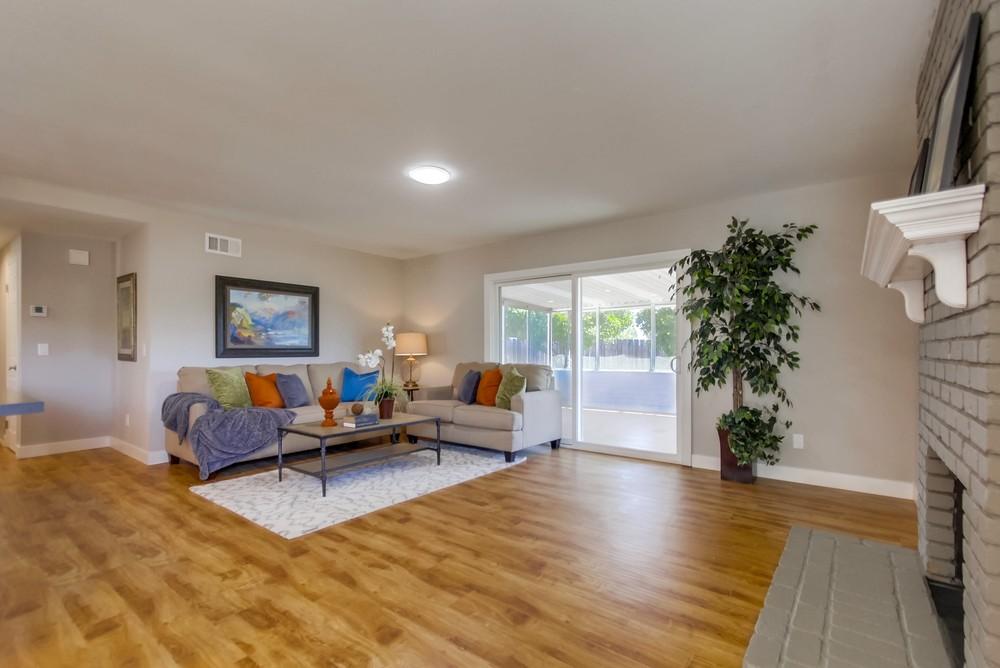 Living room 1401
