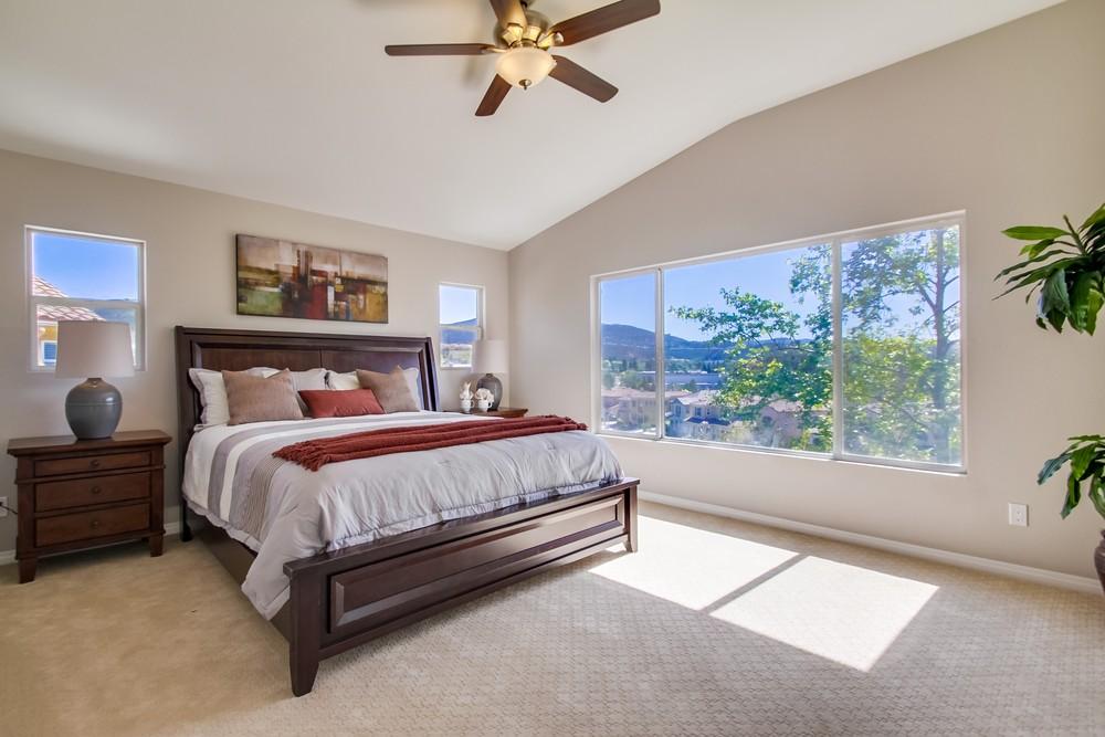 Bedroom 1201