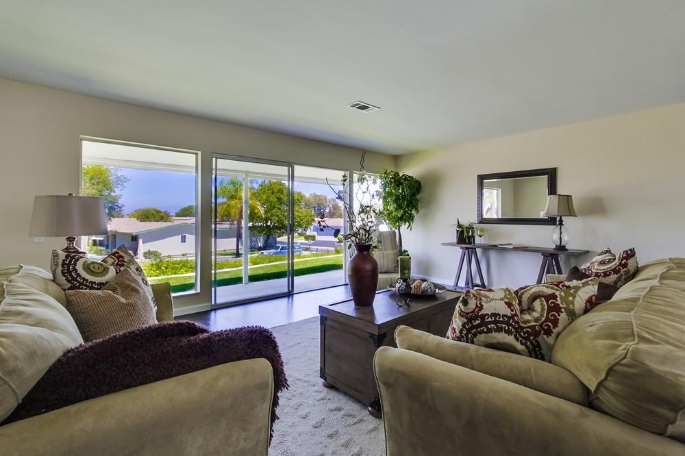 Living room 201
