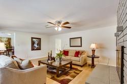 Living room 901