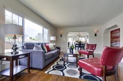 Living room 401