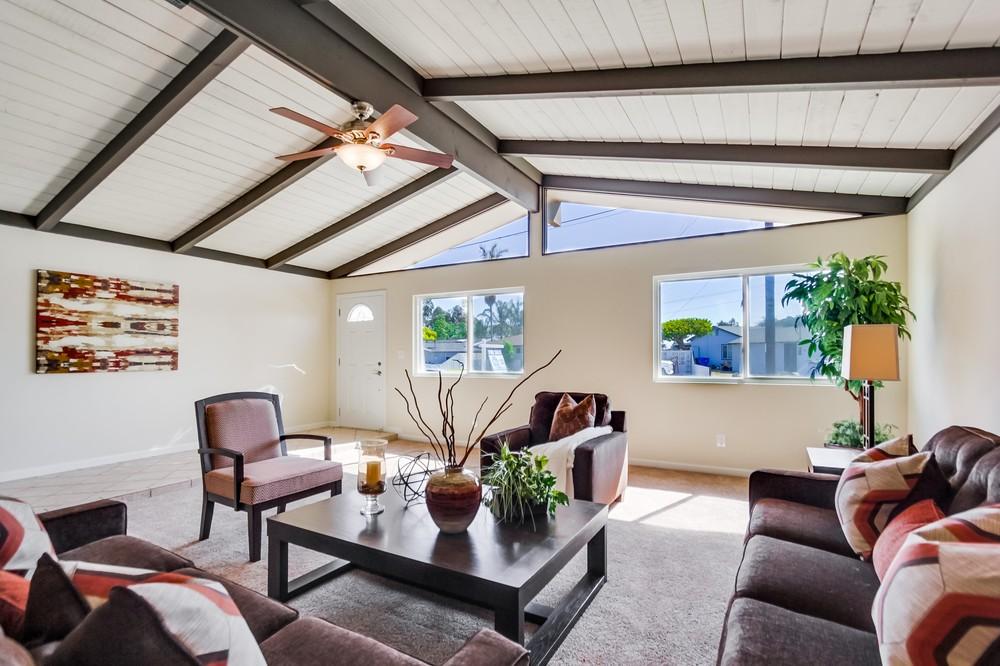 Living room 301
