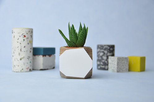 MINI GEO VESSEL - White