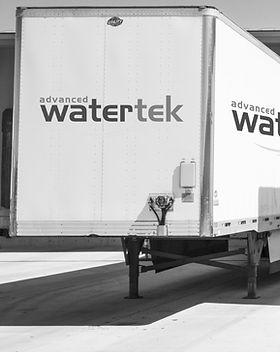 three-white-enclosed-trailers-1267325%20