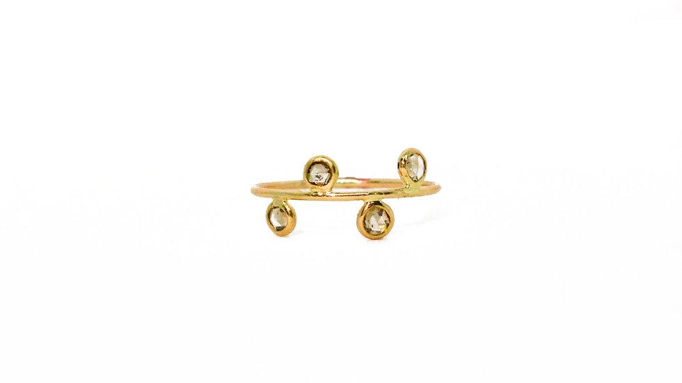 Bague lumière - Diamants taille rose sur fil d'or