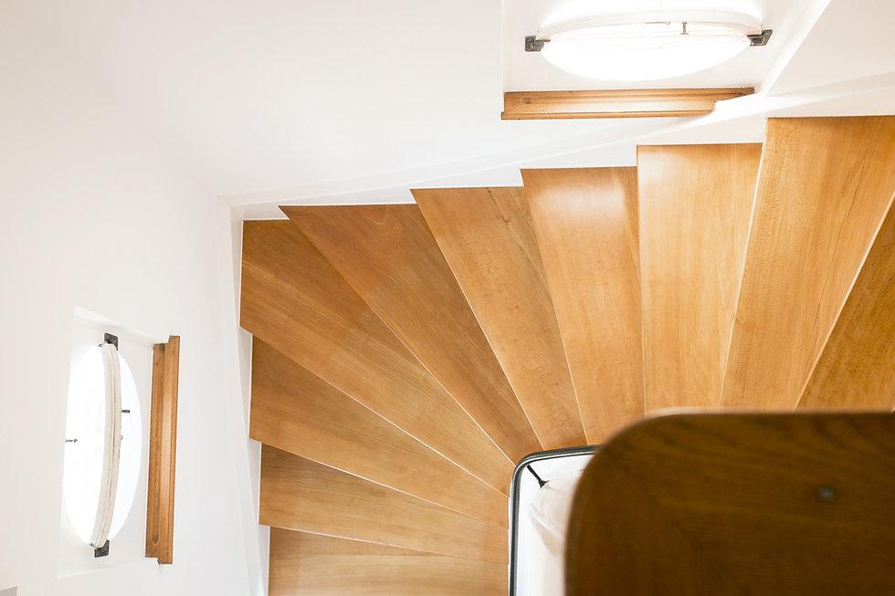 Treppe neu-2.jpg