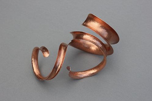 Bracelet hammered copper