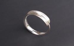 armband zilver : 190 €