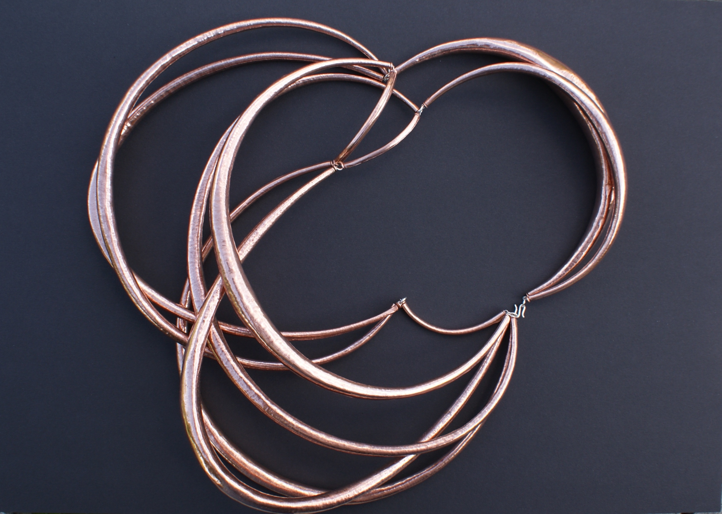 necklace copper : 1050 €