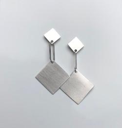 oorbellen zilver : 230 €