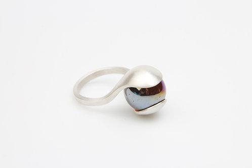Silver ring with pearl