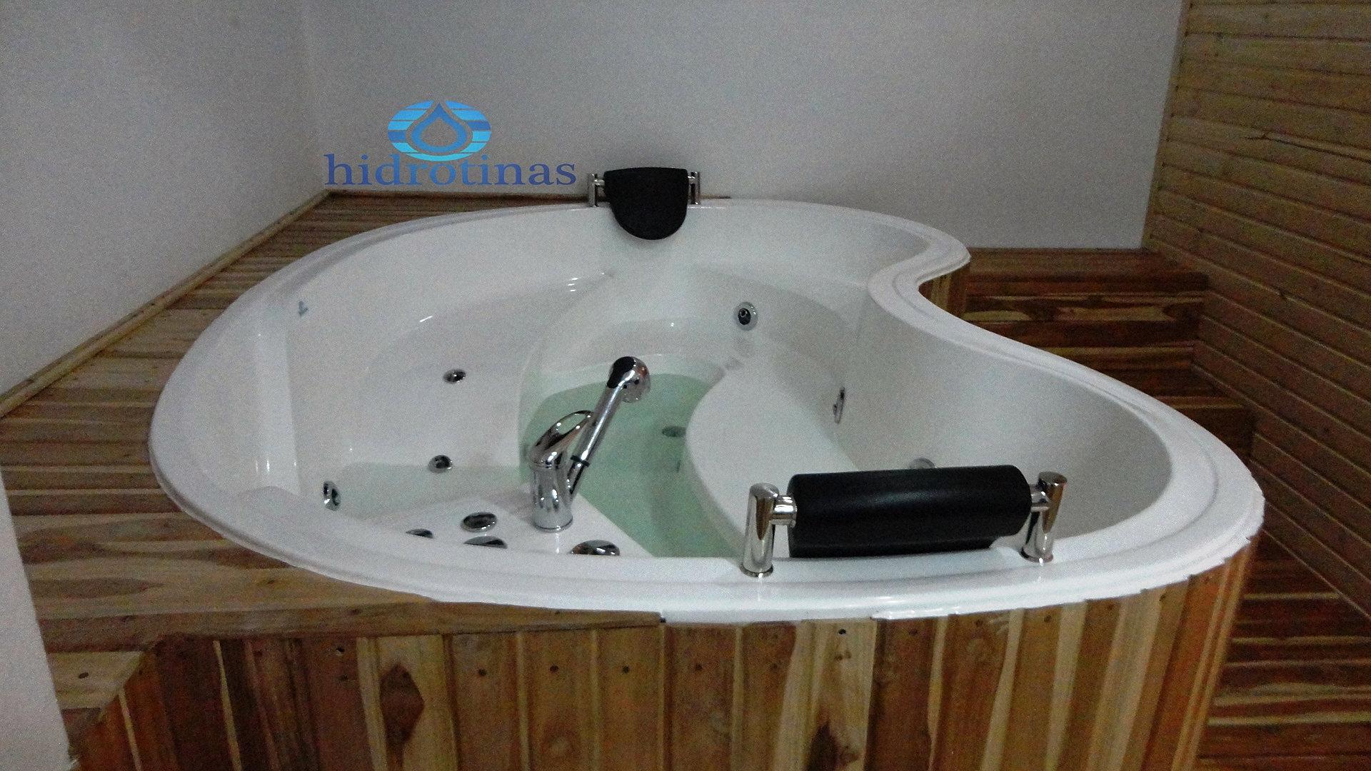 Precios jacuzzis exteriores vincci seleccin aleysa hotel for Jacuzzi interior precios