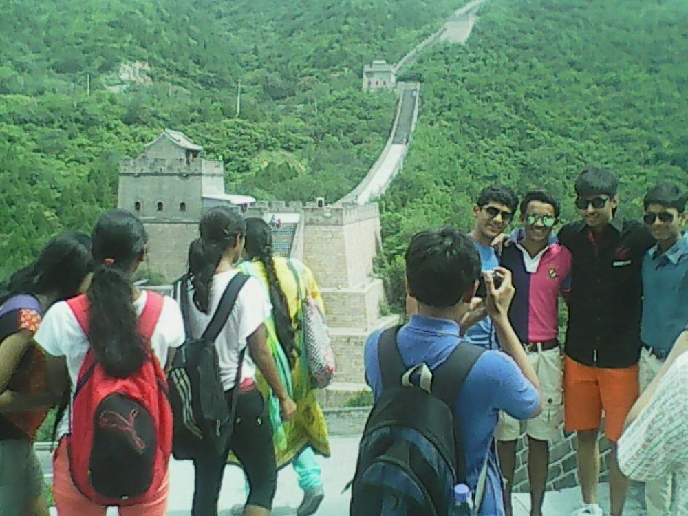 WB & M at Great Wall.jpg