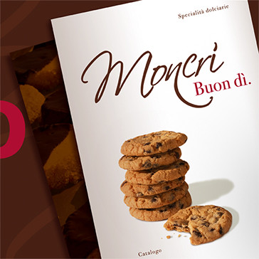 Catalogue / Graphic Design and Photography for a Brochure of Moncrì