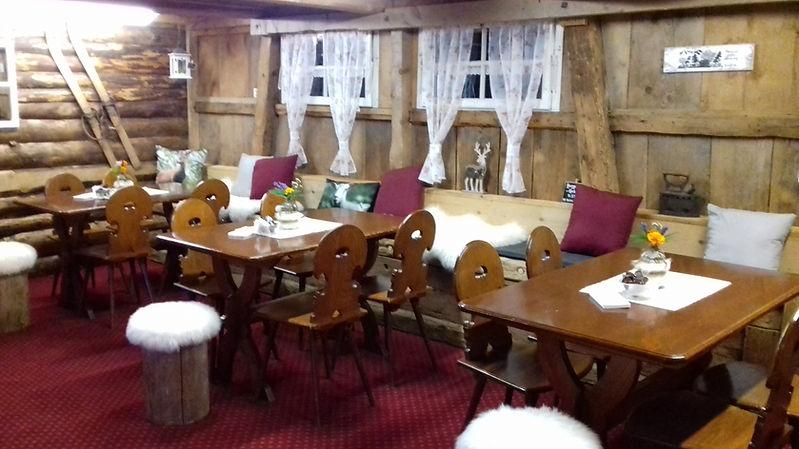 Unser gemütliches Ischboden-Hütte Stübli