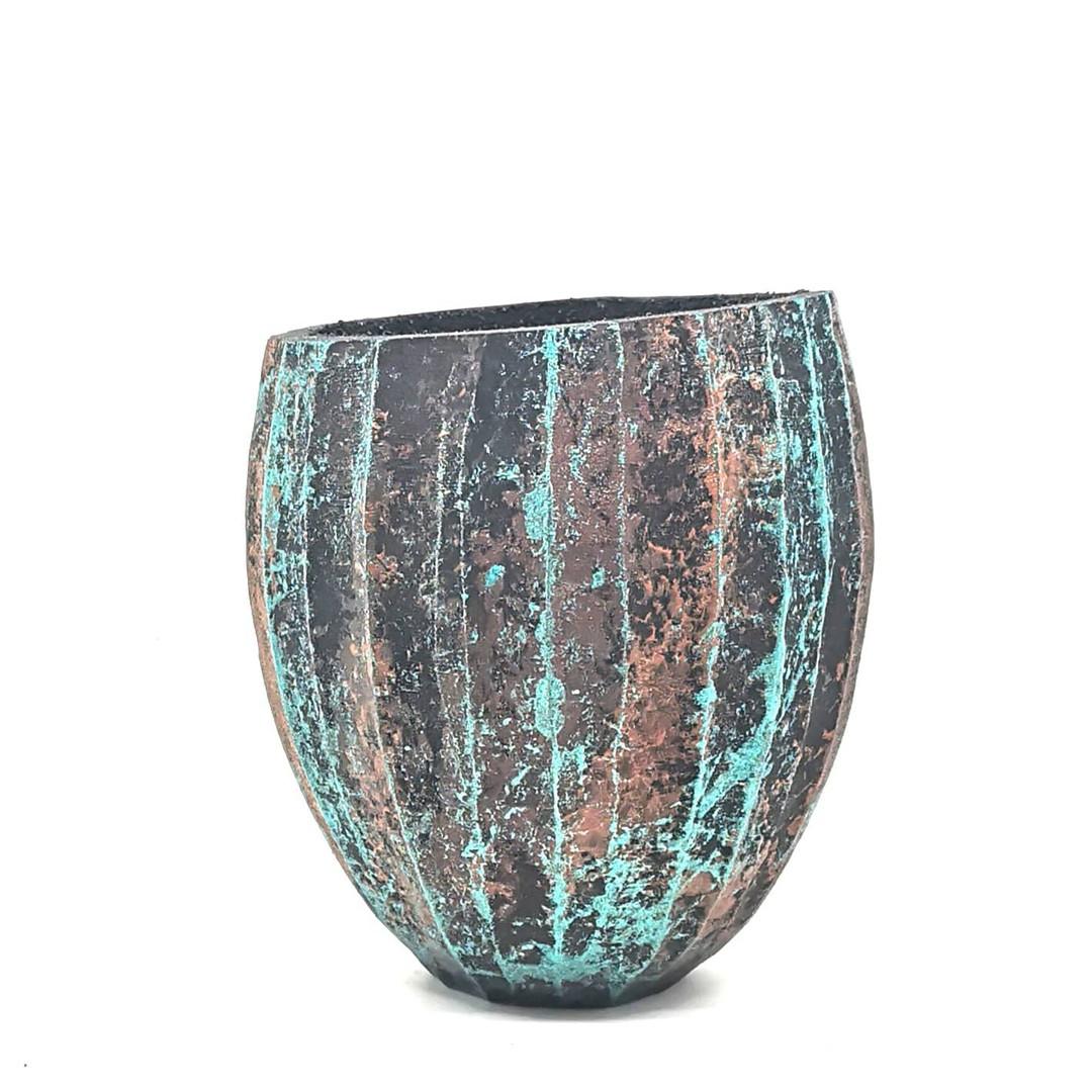 Verdigras vase