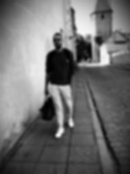 photo5231267370960530269_edited_edited.j