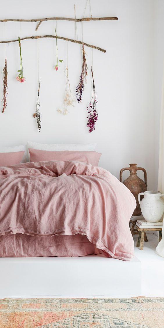Cama rosa de lino