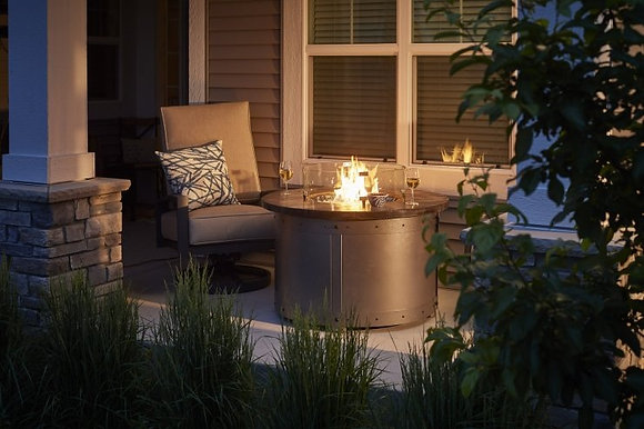 Outdoor GreatRoom Fire Pit, Edison, Round, Weathered Grey Barnwood