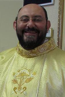 g_Padre Reinaldo.jpg