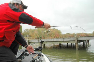 Article from The Huntsville Times with Lee Pitts on shooting docks.
