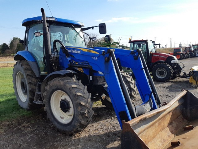 New Holland T6040 Farm Tractor Loader