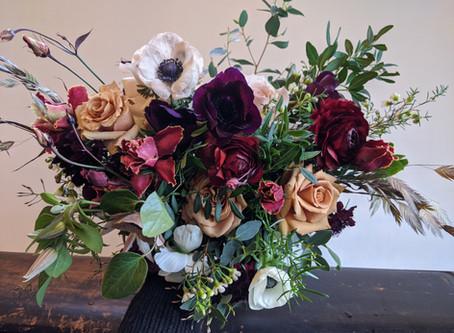 Poppy Wild Floral's Wedding Flower Timeline