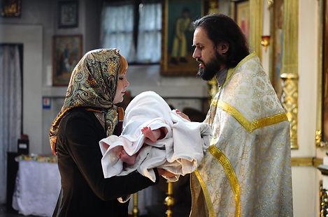Таинство крещения фото малыша