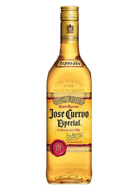Tequila Jose Cuervo Oro 700ml