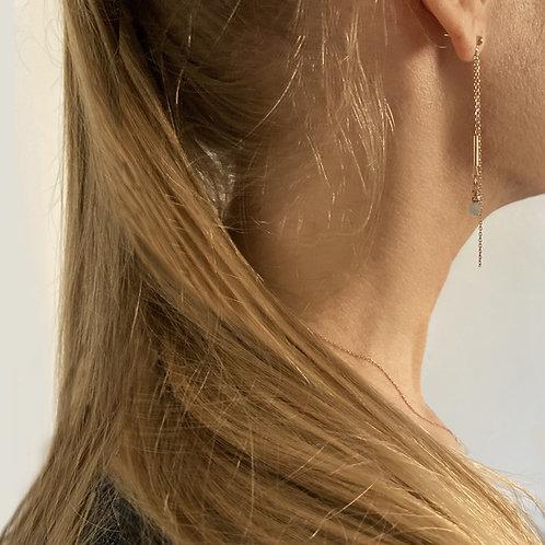 Boucles d'oreilles pendantes en aigue-marine.