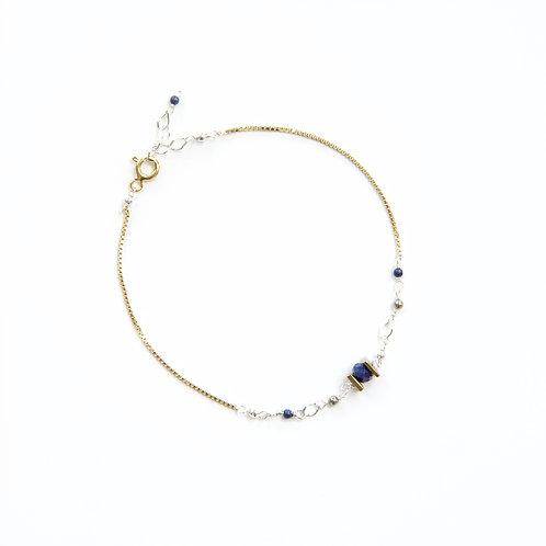 Bracelet en argent 925, lapis-lazuli, pyrites et hématite teinté.