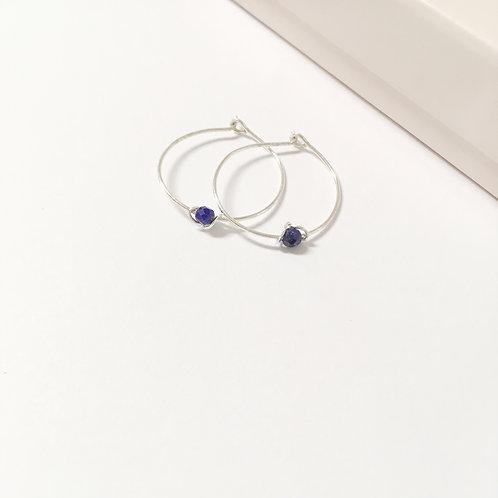 Créoles en argent 925 et lapis-lazuli.