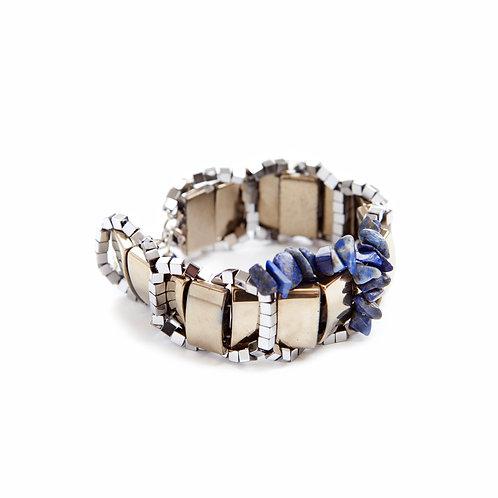 Bracelet en laiton doré, lapis-lazuli et hématites teintés.