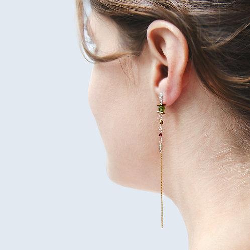Boucles d'oreilles IRIS L-vert en argent doré, péridot, grenat,hématite teinté.