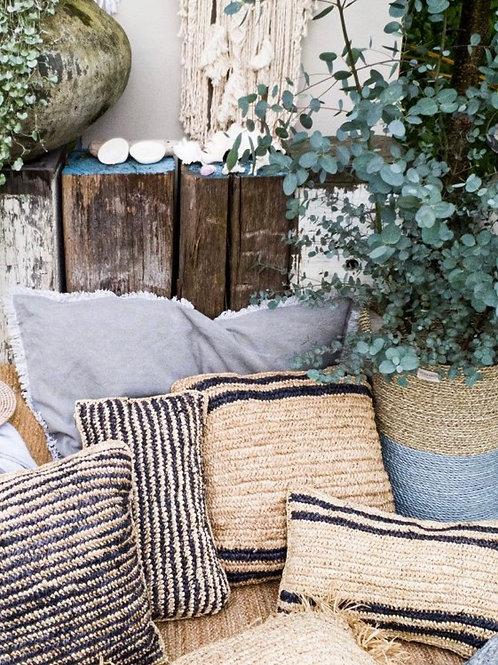 Llama cushion yoshiko