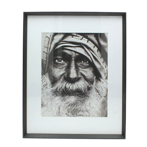 Decorative black and white guru portrait 40 x 50 cm