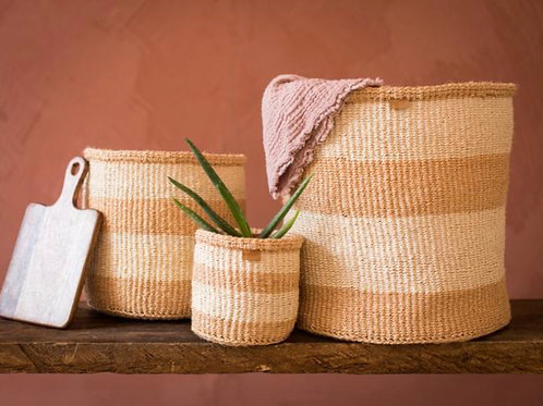 MSETO: Sand and Natural Wide Stripe Woven Storage Basket M