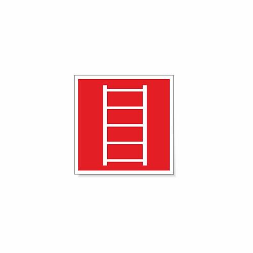 Табличка F03 Пожарная лестница 150х150 мм