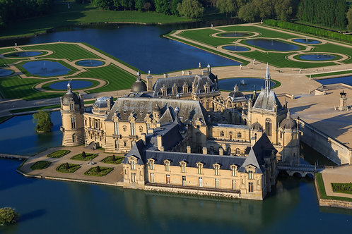 Picardie: Chantilly, Pierrefonds, Provins, Brie-Comte-Robert (tour P2)
