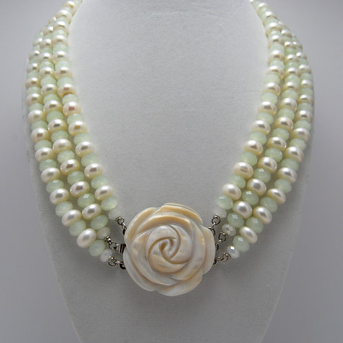 Pearl Rose Ornament Necklace