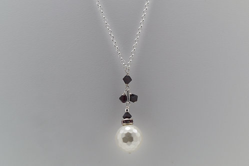 Faceted pearl & garnet necklace