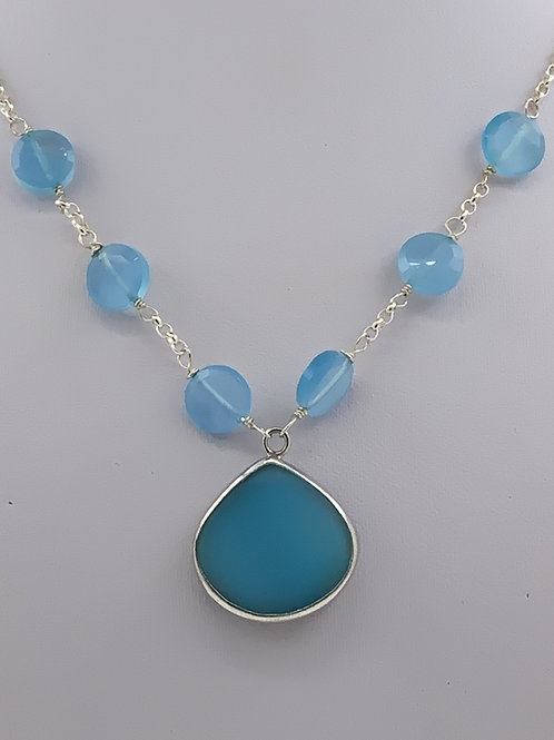 Chalcedony necklace in sterling Silver